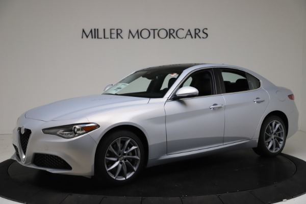 New 2021 Alfa Romeo Giulia Q4 for sale $46,490 at Bentley Greenwich in Greenwich CT 06830 2
