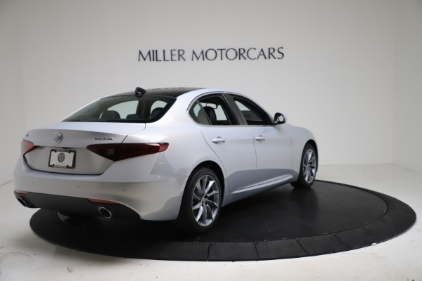 New 2021 Alfa Romeo Giulia Q4 for sale $46,490 at Bentley Greenwich in Greenwich CT 06830 7