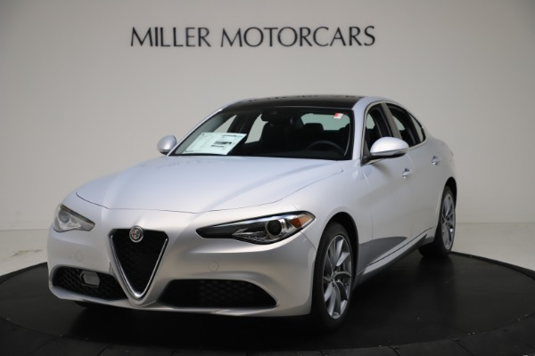 New 2021 Alfa Romeo Giulia Q4 for sale $46,490 at Bentley Greenwich in Greenwich CT 06830 1