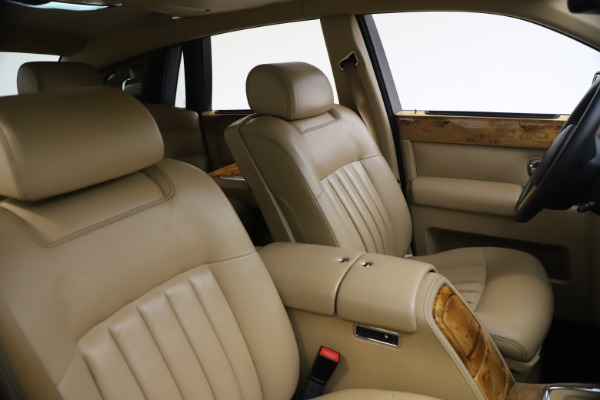 Used 2006 Rolls-Royce Phantom for sale $109,900 at Bentley Greenwich in Greenwich CT 06830 22