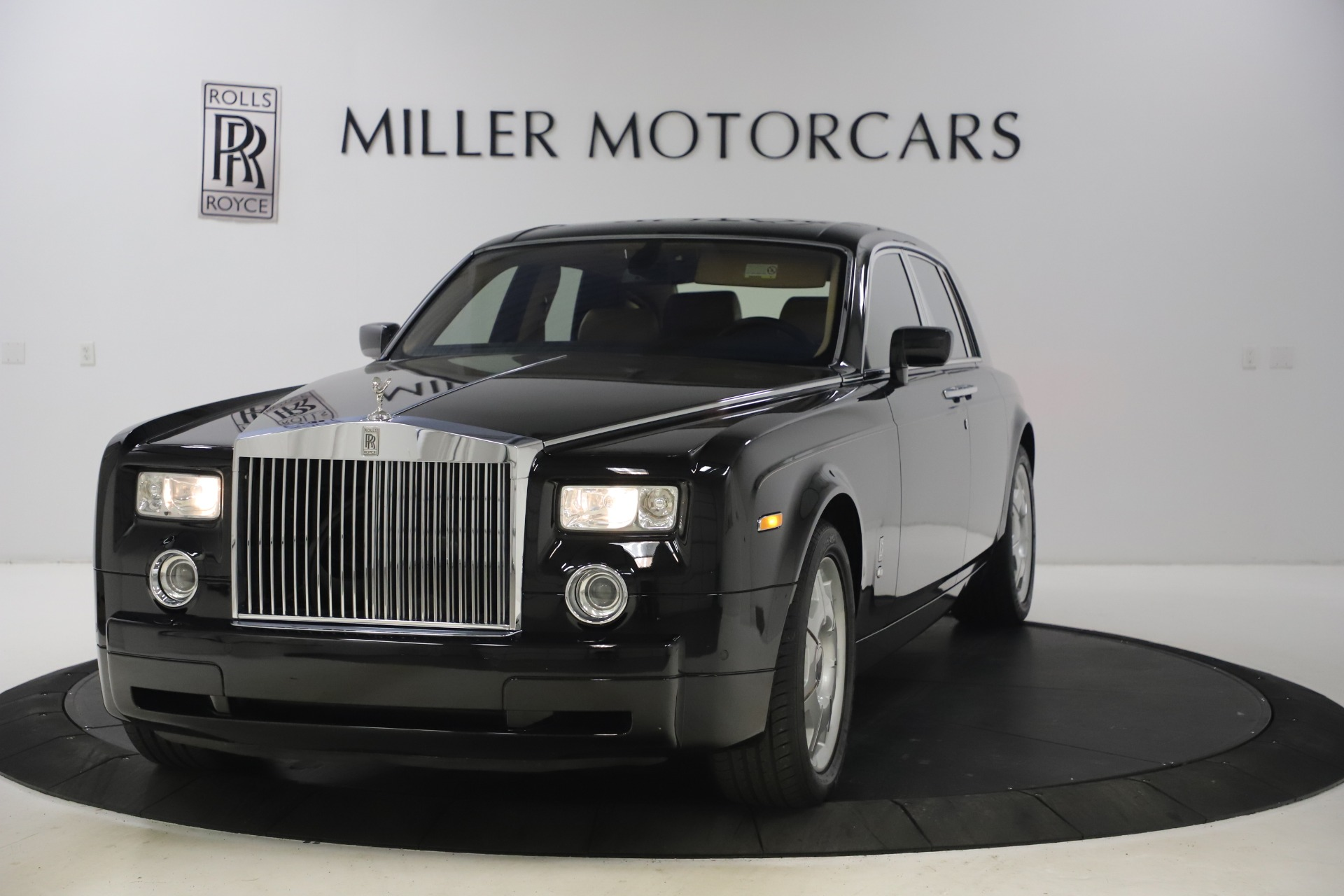 Used 2006 Rolls-Royce Phantom for sale $109,900 at Bentley Greenwich in Greenwich CT 06830 1