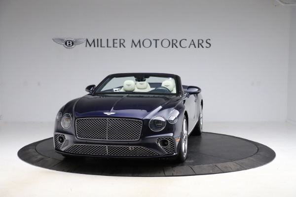 New 2021 Bentley Continental GT V8 for sale $276,830 at Bentley Greenwich in Greenwich CT 06830 2