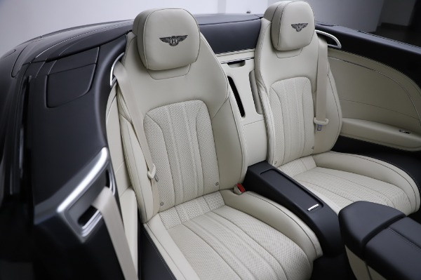 New 2021 Bentley Continental GT V8 for sale Sold at Bentley Greenwich in Greenwich CT 06830 28