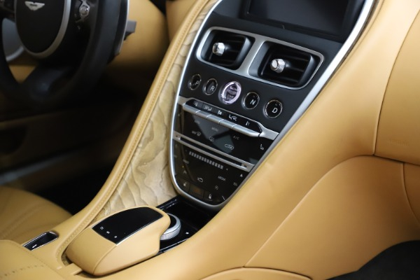 Used 2017 Aston Martin DB11 V12 Coupe for sale $149,900 at Bentley Greenwich in Greenwich CT 06830 22