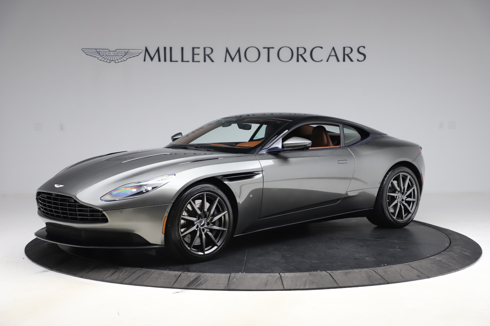 Used 2017 Aston Martin DB11 V12 Coupe for sale $134,900 at Bentley Greenwich in Greenwich CT 06830 1