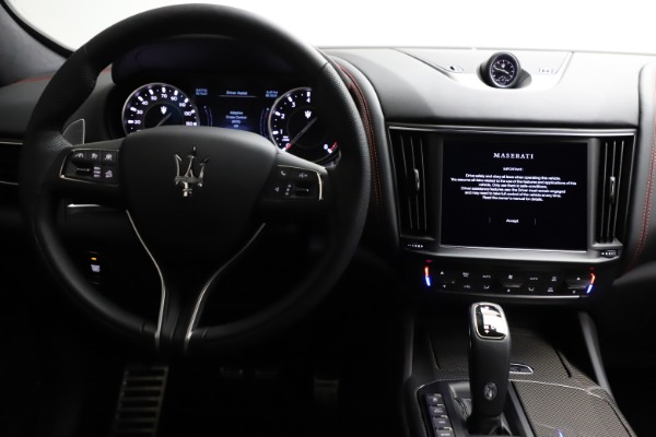 New 2021 Maserati Levante Q4 GranSport for sale $94,985 at Bentley Greenwich in Greenwich CT 06830 25