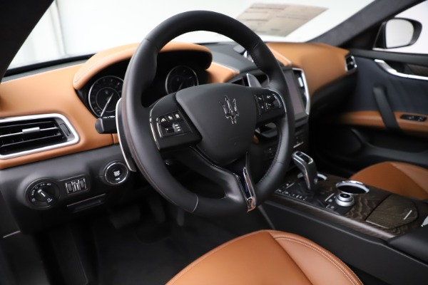 New 2021 Maserati Ghibli S Q4 GranLusso for sale Call for price at Bentley Greenwich in Greenwich CT 06830 17