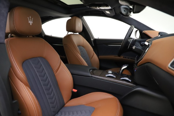 New 2021 Maserati Ghibli S Q4 GranLusso for sale Call for price at Bentley Greenwich in Greenwich CT 06830 24