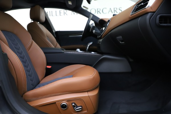 New 2021 Maserati Ghibli S Q4 GranLusso for sale Call for price at Bentley Greenwich in Greenwich CT 06830 25