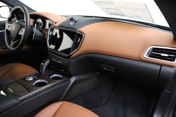 New 2021 Maserati Ghibli S Q4 GranLusso for sale Call for price at Bentley Greenwich in Greenwich CT 06830 26