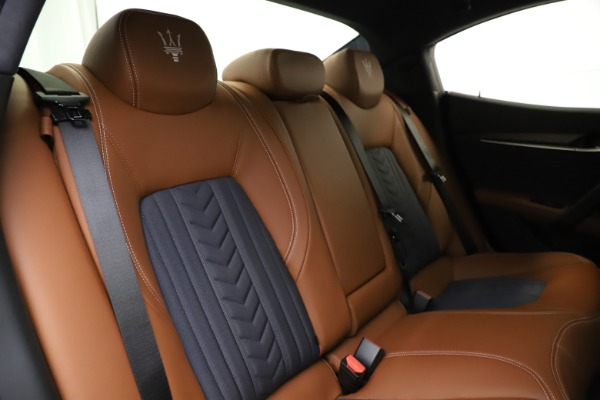 New 2021 Maserati Ghibli S Q4 GranLusso for sale Call for price at Bentley Greenwich in Greenwich CT 06830 27