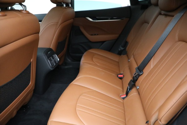 New 2021 Maserati Levante Q4 for sale $85,625 at Bentley Greenwich in Greenwich CT 06830 19
