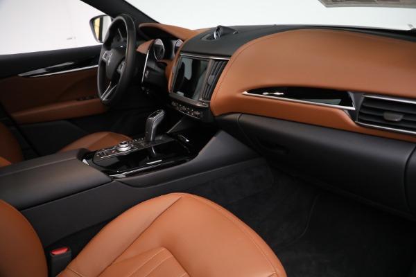 New 2021 Maserati Levante Q4 for sale $85,625 at Bentley Greenwich in Greenwich CT 06830 22