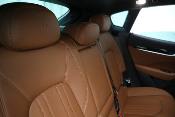 New 2021 Maserati Levante Q4 for sale $85,625 at Bentley Greenwich in Greenwich CT 06830 27