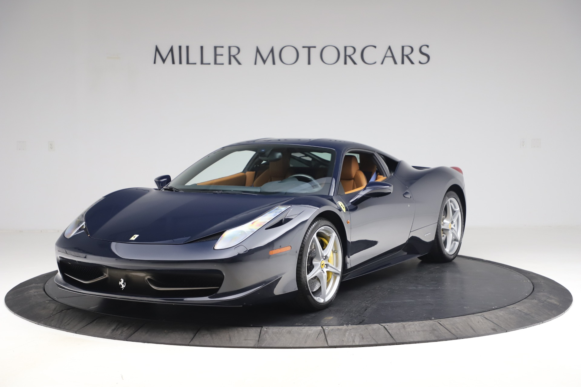 Used 2011 Ferrari 458 Italia for sale $179,900 at Bentley Greenwich in Greenwich CT 06830 1