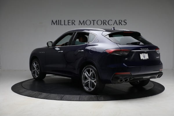New 2021 Maserati Levante Q4 for sale Call for price at Bentley Greenwich in Greenwich CT 06830 5
