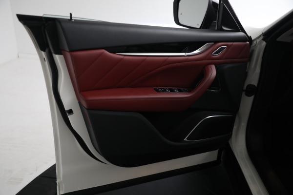 New 2021 Maserati Levante Q4 for sale $76,769 at Bentley Greenwich in Greenwich CT 06830 14