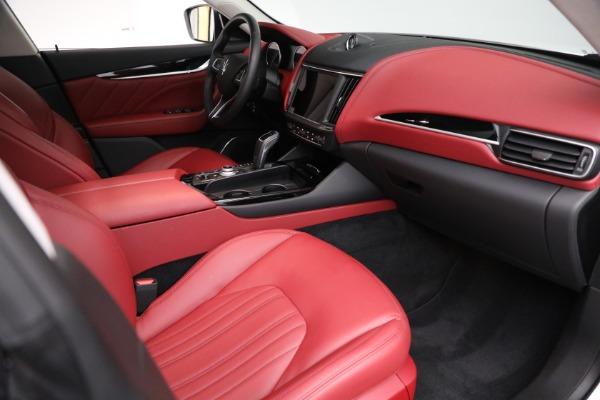 New 2021 Maserati Levante Q4 for sale $76,769 at Bentley Greenwich in Greenwich CT 06830 19