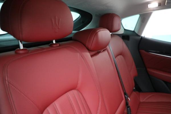 New 2021 Maserati Levante Q4 for sale $76,769 at Bentley Greenwich in Greenwich CT 06830 24