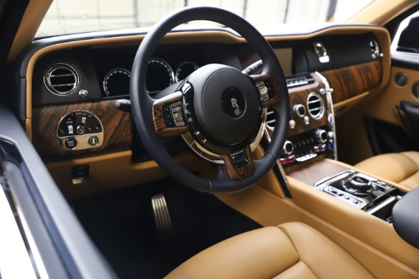 Used 2019 Rolls-Royce Cullinan for sale Sold at Bentley Greenwich in Greenwich CT 06830 16