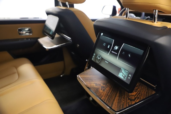 Used 2019 Rolls-Royce Cullinan for sale Sold at Bentley Greenwich in Greenwich CT 06830 21
