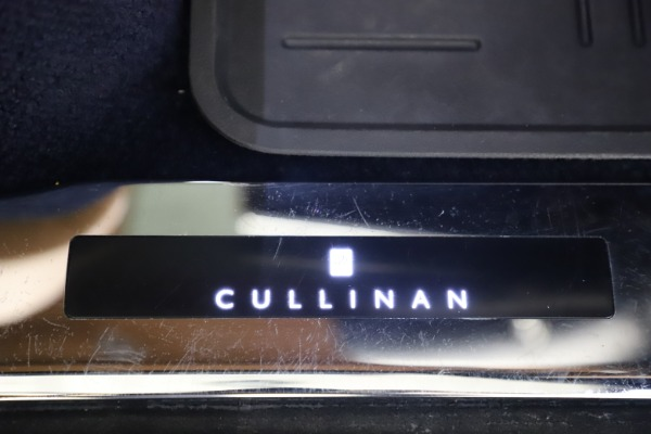 Used 2019 Rolls-Royce Cullinan for sale Sold at Bentley Greenwich in Greenwich CT 06830 26