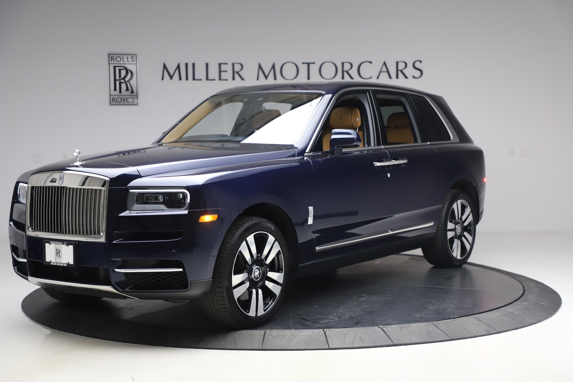 Used 2019 Rolls-Royce Cullinan for sale Sold at Bentley Greenwich in Greenwich CT 06830 1