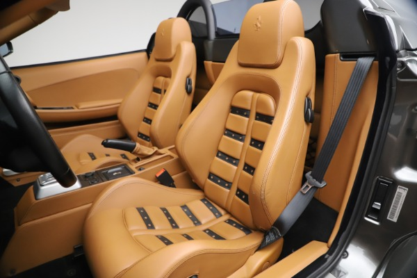 Used 2006 Ferrari F430 Spider for sale $249,900 at Bentley Greenwich in Greenwich CT 06830 27