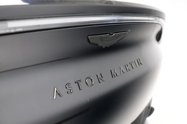 New 2021 Aston Martin DBX for sale $200,986 at Bentley Greenwich in Greenwich CT 06830 22