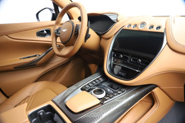 New 2021 Aston Martin DBX for sale $264,386 at Bentley Greenwich in Greenwich CT 06830 20