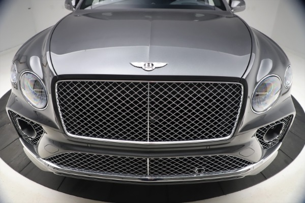 New 2021 Bentley Bentayga V8 for sale $213,720 at Bentley Greenwich in Greenwich CT 06830 13