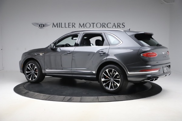 New 2021 Bentley Bentayga V8 for sale $213,720 at Bentley Greenwich in Greenwich CT 06830 4