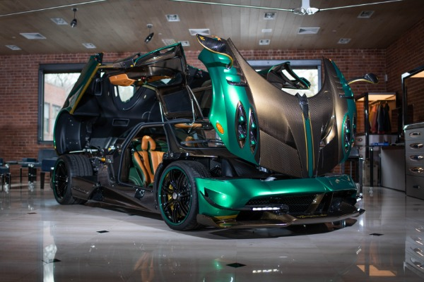 Used 2017 Pagani Huayra BC for sale Call for price at Bentley Greenwich in Greenwich CT 06830 3