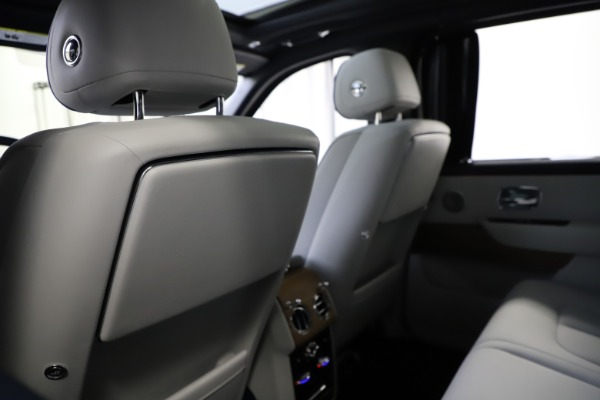Used 2019 Rolls-Royce Cullinan for sale $349,900 at Bentley Greenwich in Greenwich CT 06830 19