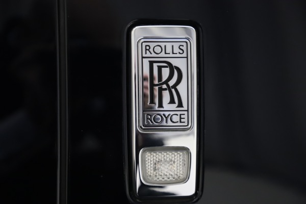 Used 2019 Rolls-Royce Cullinan for sale $349,900 at Bentley Greenwich in Greenwich CT 06830 24