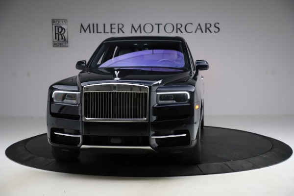 Used 2019 Rolls-Royce Cullinan for sale $349,900 at Bentley Greenwich in Greenwich CT 06830 3