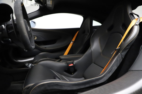 Used 2019 McLaren 600LT for sale $223,900 at Bentley Greenwich in Greenwich CT 06830 15