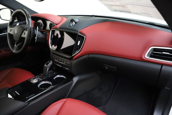 New 2021 Maserati Ghibli S Q4 GranLusso for sale Sold at Bentley Greenwich in Greenwich CT 06830 24