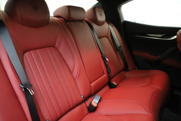 New 2021 Maserati Ghibli S Q4 GranLusso for sale Sold at Bentley Greenwich in Greenwich CT 06830 25