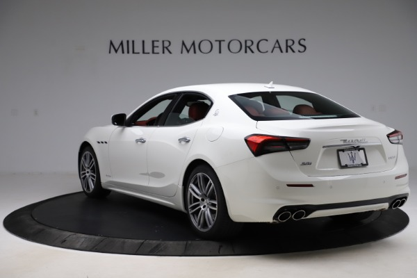 New 2021 Maserati Ghibli S Q4 GranLusso for sale Sold at Bentley Greenwich in Greenwich CT 06830 5