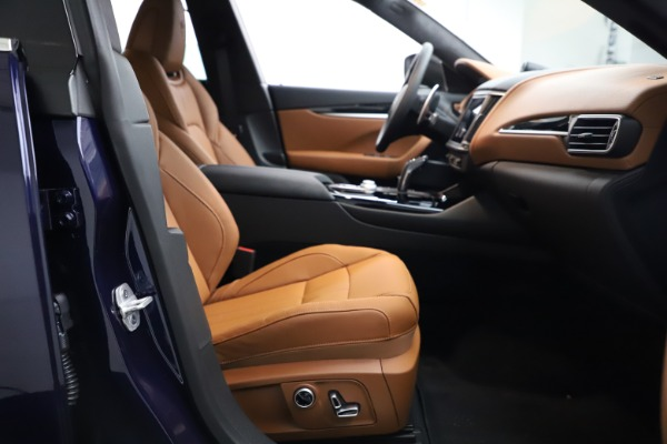 New 2021 Maserati Levante Q4 GranSport for sale Sold at Bentley Greenwich in Greenwich CT 06830 18