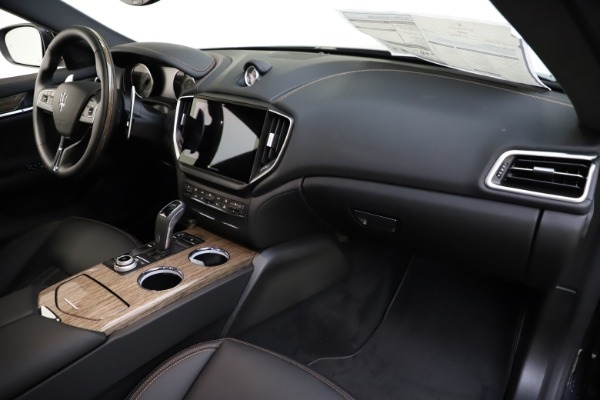 New 2021 Maserati Ghibli S Q4 GranLusso for sale Sold at Bentley Greenwich in Greenwich CT 06830 23