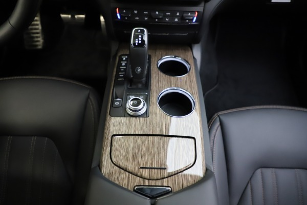 New 2021 Maserati Ghibli S Q4 GranLusso for sale Sold at Bentley Greenwich in Greenwich CT 06830 28