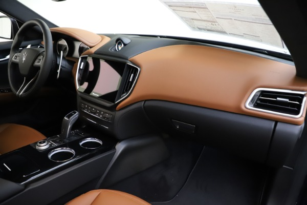 New 2021 Maserati Ghibli S Q4 for sale $90,925 at Bentley Greenwich in Greenwich CT 06830 22
