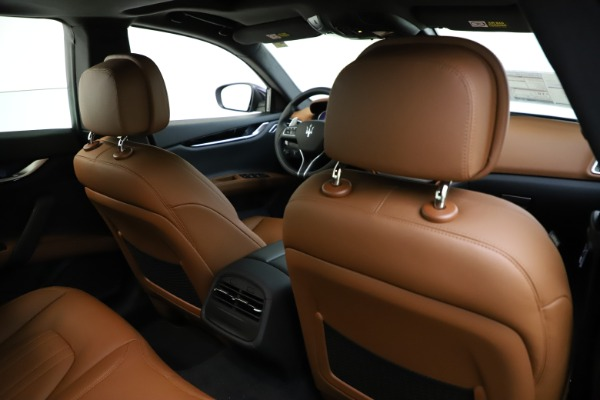 New 2021 Maserati Ghibli S Q4 for sale $90,925 at Bentley Greenwich in Greenwich CT 06830 25