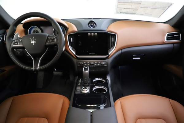 New 2021 Maserati Ghibli S Q4 for sale $90,925 at Bentley Greenwich in Greenwich CT 06830 26