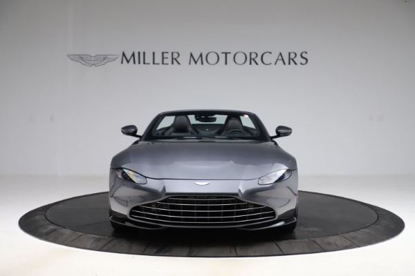 New 2021 Aston Martin Vantage Roadster Convertible for sale $178,186 at Bentley Greenwich in Greenwich CT 06830 11