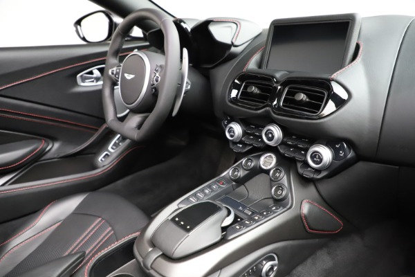 New 2021 Aston Martin Vantage Roadster Convertible for sale $178,186 at Bentley Greenwich in Greenwich CT 06830 26