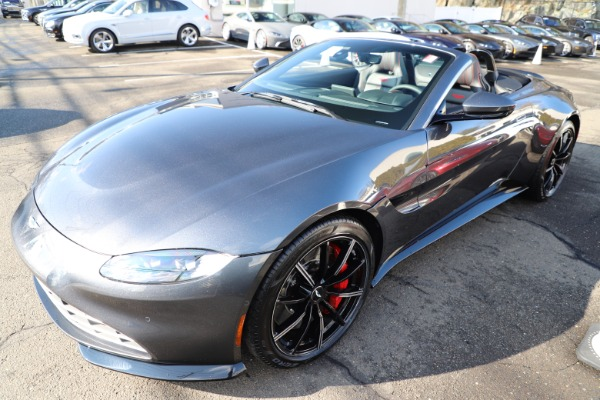 New 2021 Aston Martin Vantage Roadster Convertible for sale $178,186 at Bentley Greenwich in Greenwich CT 06830 28