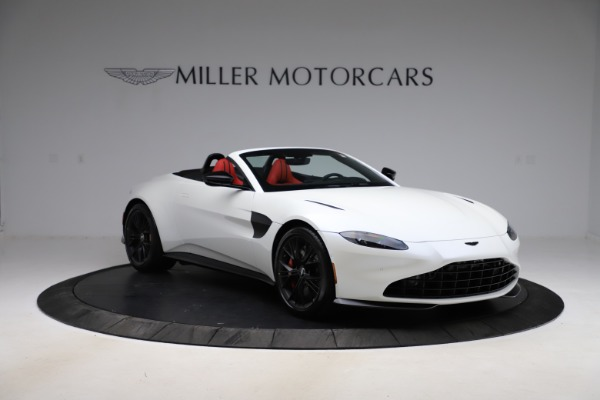 New 2021 Aston Martin Vantage Roadster Convertible for sale $189,186 at Bentley Greenwich in Greenwich CT 06830 10